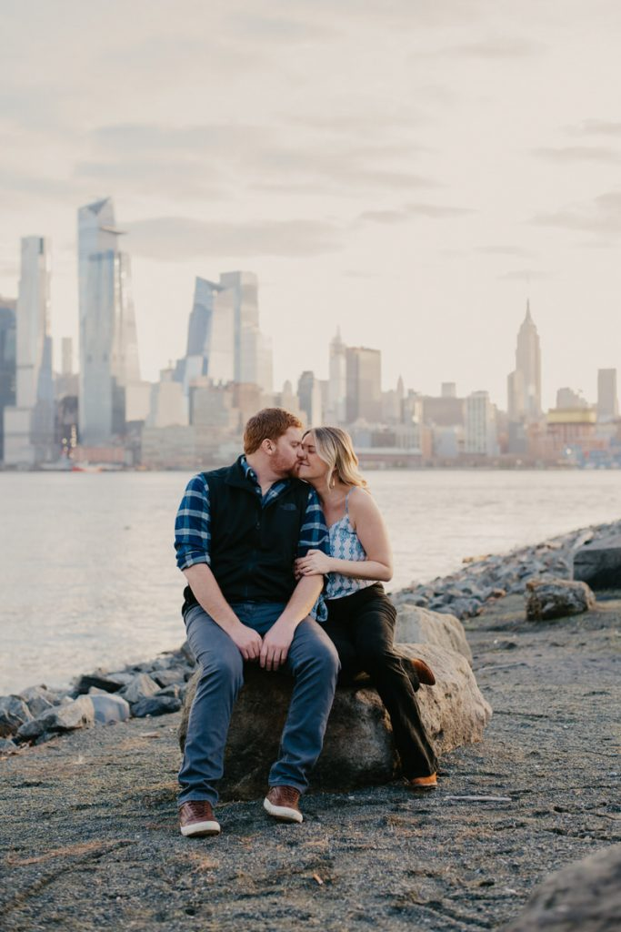 engagement-session-on-hoboken-waterfront