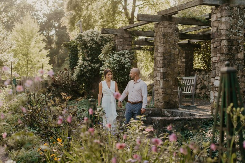 bride and groom wedding photos at cross estate gardens in new jersey