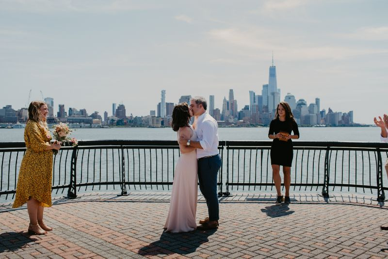 First Kiss for New Jersey wedding ceremony