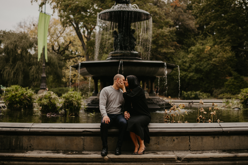 central park engagement photos new york