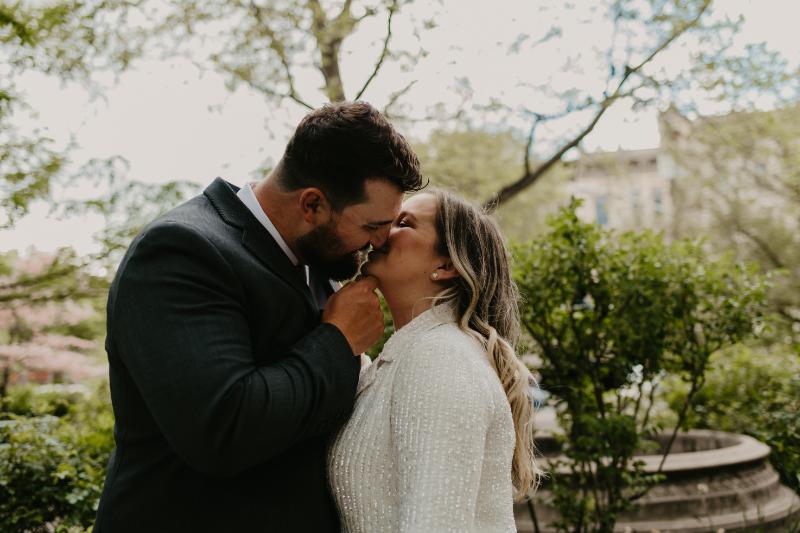 Outdoor wedding photos at Van Vorst Park