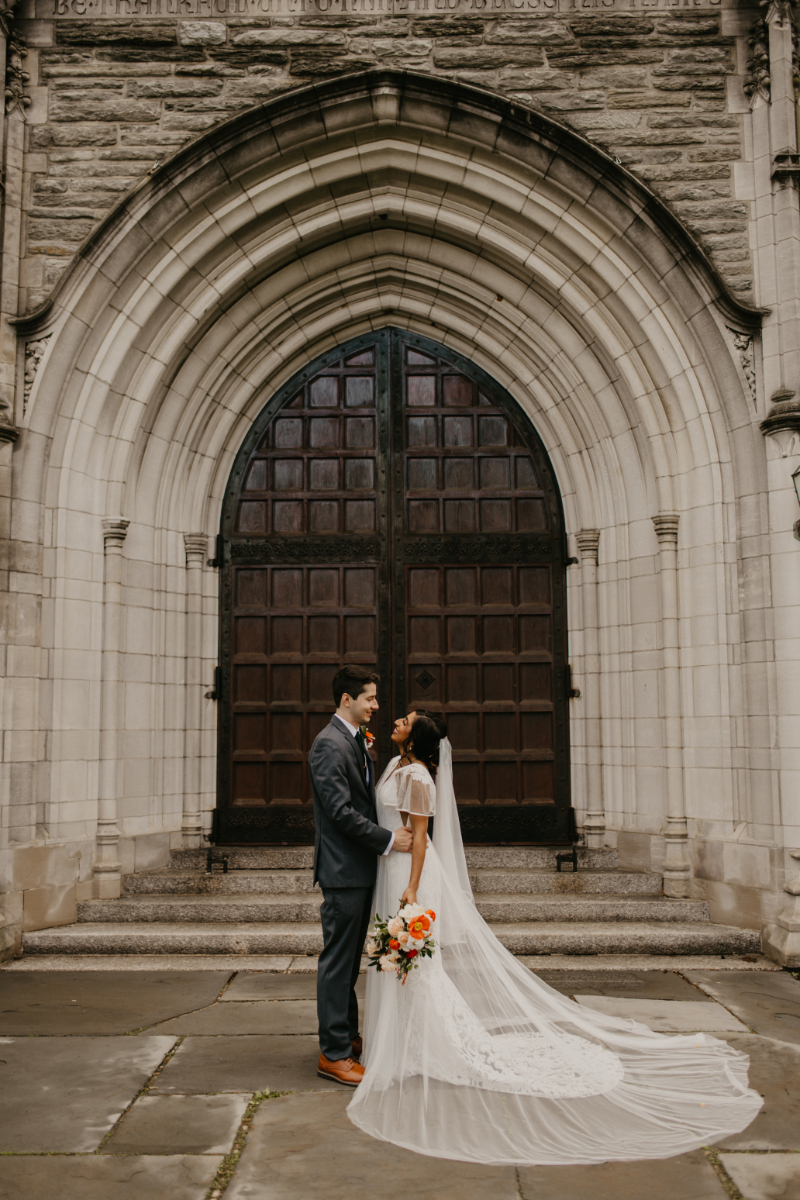 bride and groom photos in Jersey City