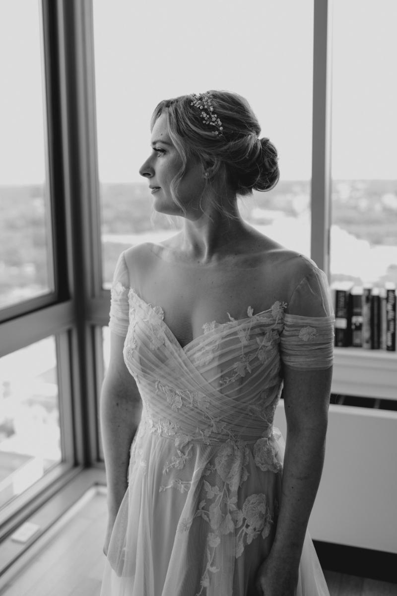 Bride solo photo