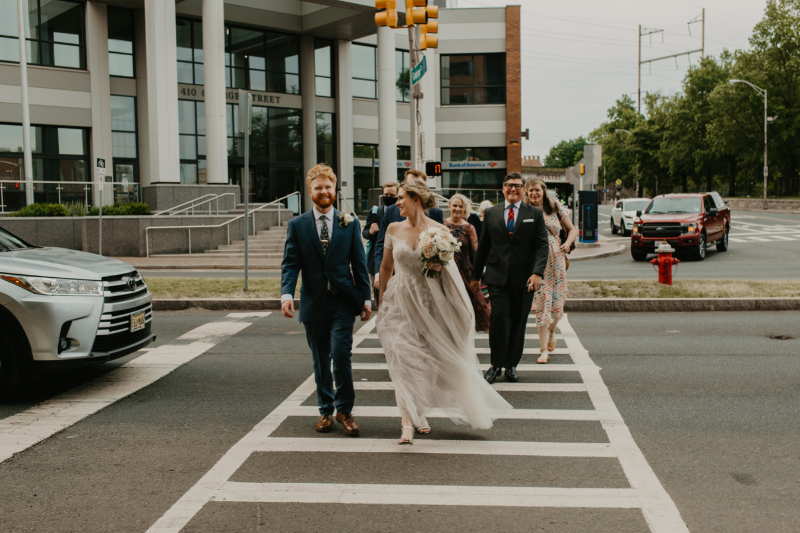 Outdoor wedding photos downtown in New Jersey