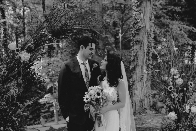 Black and White New Jersey Wedding Photos Outdoors